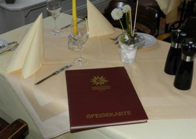 Speisekarten und Mappen